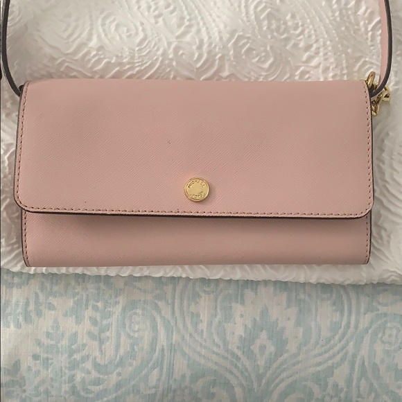Michael Kors Handbags - Pink Micheal kors crossbody